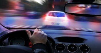 Geschwindigkeitsübertretung ohne Messung: Wie verhält es sich mit dem Nachfahren