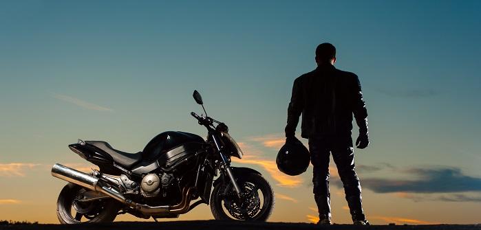 "Motorrad finanzieren: ""Ohne Schufa"" möglich? (Foto: Fotolia / pavel_shishkin)"