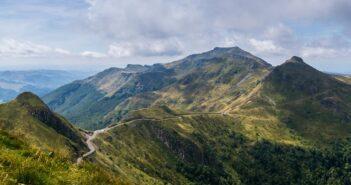 Einmal rund um die Auvergne