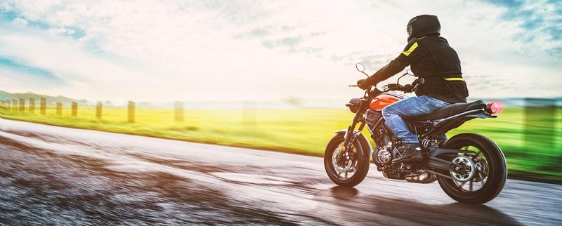 Häufig sind die frisch gebackenen Besitzer eines Motorradführerscheins noch relativ jung und möchten nicht viel Geld für das Bike ausgeben. (#01)