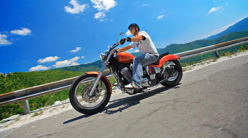 Sicherlich steht vor der Entscheidung für oder gegen das Tieferlegen auch ein Studium der Erfahrungsberichte anderer Motorradfahrer.